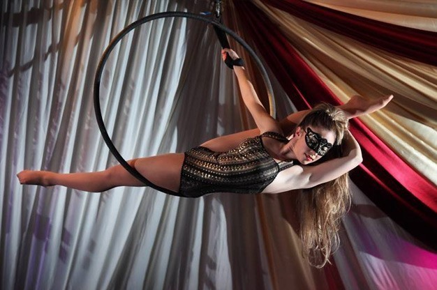 Aerialist/Acrobat for Corporate Parties