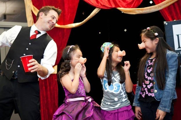 Click here to view Children's Magician, Dante Entertainment and Artistry's Profile