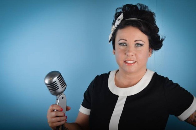 Click here to view Female Singer/Vocalist Helen James' Profile