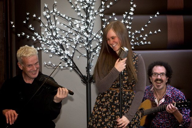 Click here to view Wedding Band, Live Lounge Music's Profile