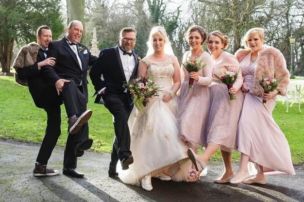 Photo-9-Bridal-Party-at-Berwick-Lodge
