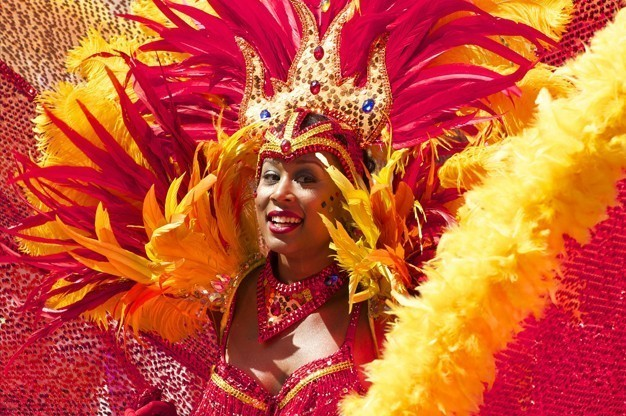 carnival-themed-entertainment