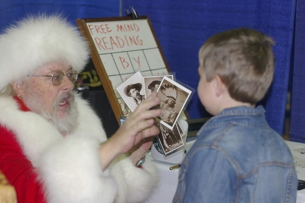 Click here to view Close-Up Magician, Magic Santa Claus' Profile