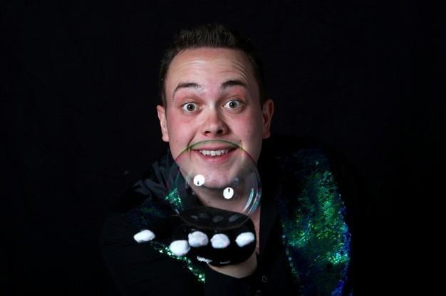 bubble-pop-bubble-performer