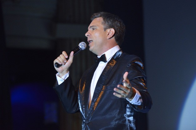 Click here to view Frank Sinatra Tribute Act, Christian Valverde's Profile