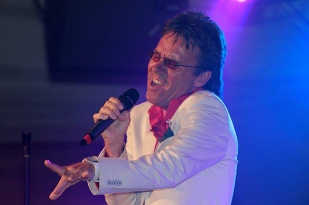 cliff-as-if-cliff-richard-tribute-act