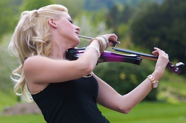 Click here to view Violinist, Hayley Pomfrett's Profile