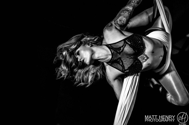 Click here to view Aerialist / Acrobat, Elyse Marshall's Profile