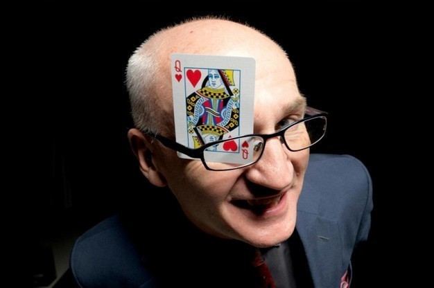 Click here to view Close-Up Magician, Frank Farrell's Profile