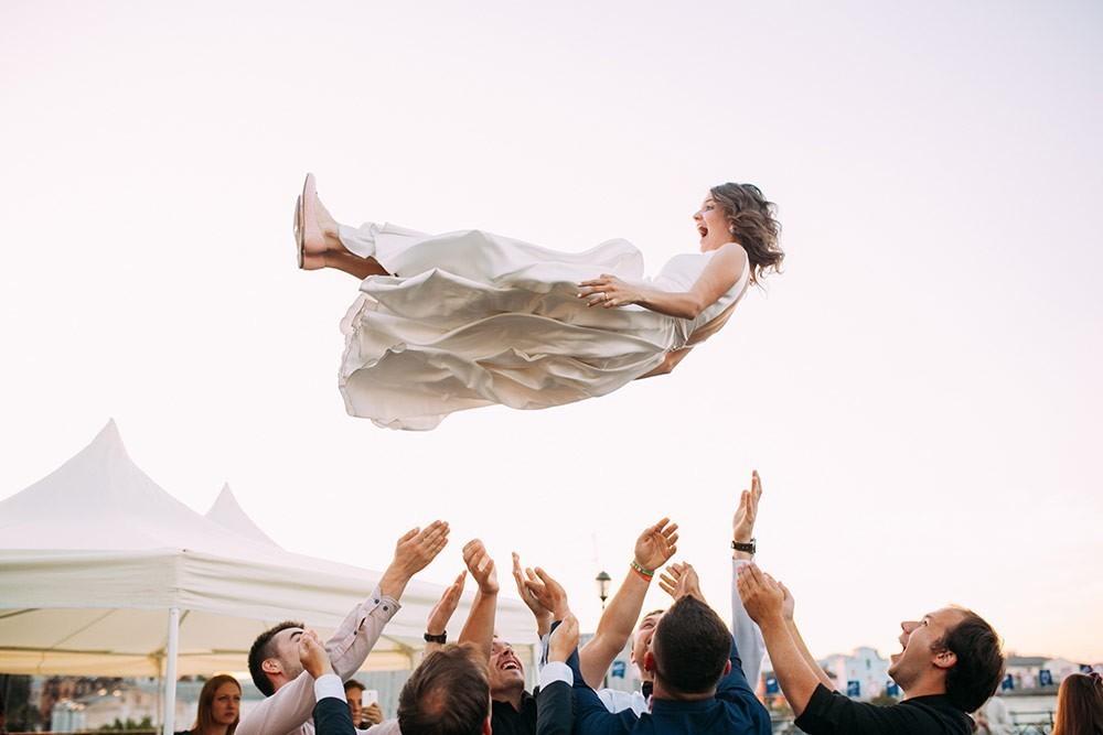 Bouncing Bride