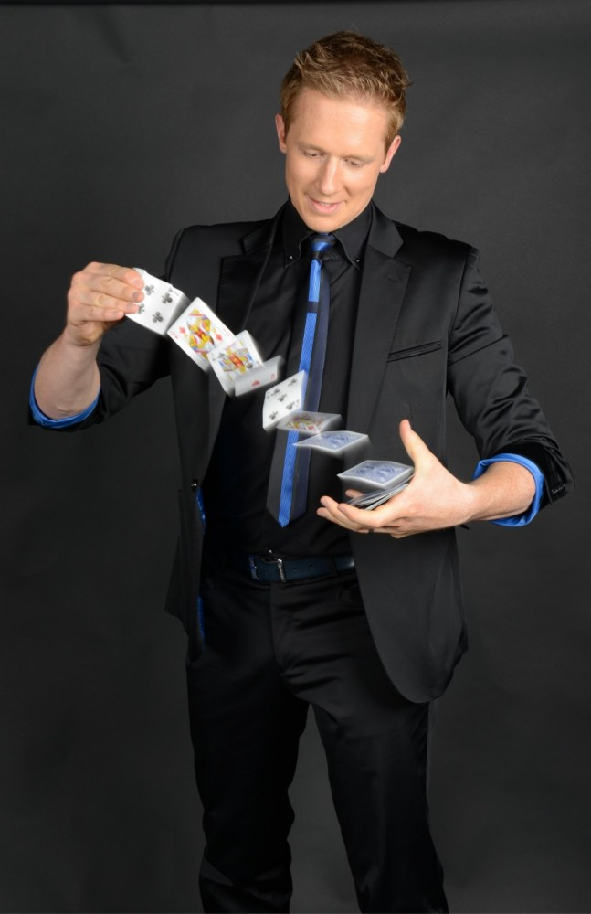 Wedding Magician London - Martin John