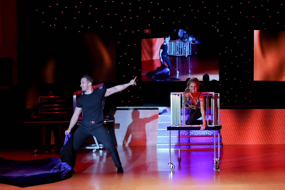 Matthew Mcgurk Stage Illusionist Corporate Event