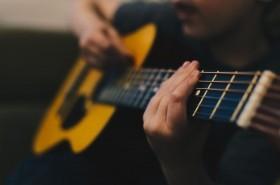 Guitar Vocalist Needed - Major UK Cruise Line Residency