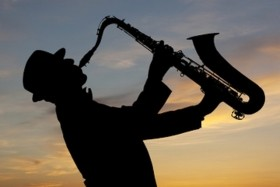 Self-Contained Saxophone Entertainers Required - Opportunities UK & Worldwide!