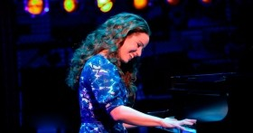 Vacancy For Male or Female Pianist Singer - Hotel Contract Japan