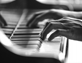 Piano Vocalist Needed - Major UK Cruise Line Residency