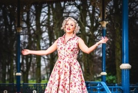 Claire Louise - Vintage and modern singer - Female Singer Middlesbrough, North of England