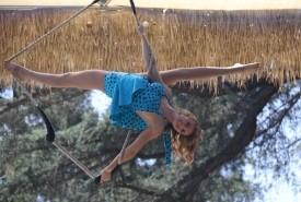 Alicen Abler - Aerialist / Acrobat Los Angeles, California