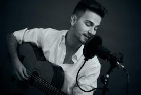 Aydan Rei  - Male Singer
