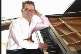 Tom Placido - Pianist / Keyboardist