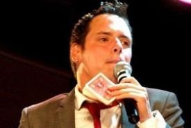 David Michaels - Close-up Magician Coventry, Midlands