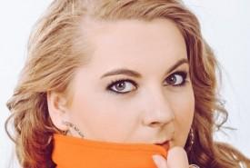 Evi Borszeki  - Female Singer