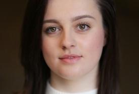 Chloe-Jane Crawford - Female Singer Glasgow, Scotland