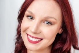 Stephanie Rapacz - Production Singer Toronto, Ontario