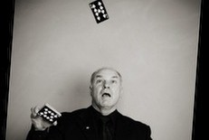 Clive Winterton - Close-up Magician Berkshire, East of England