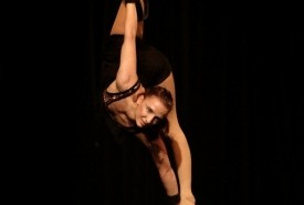 Elsa Hall - Aerialist / Acrobat Boston, Massachusetts