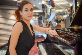Xenia - Pianist / Keyboardist