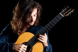 Joan Furió Vivas - Classical / Spanish Guitarist Islington, London