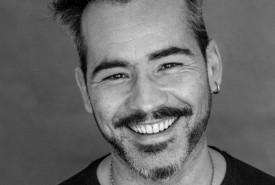 Diogo Lima  - Acoustic Guitarist / Vocalist