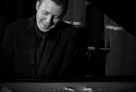 Toby Hunt - Pianist / Singer