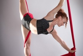 Amy Olson - Aerialist / Acrobat San Francisco, California