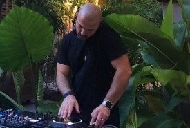 MARKUS RUBEN - Nightclub DJ