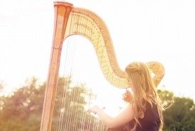 Lucy Nolan-harpist - Harpist Derbyshire Hill, North of England