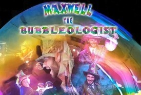 Maxwell the bubbleologist - Bubble Performer Camden Town, London