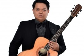 Mark Reyes - Solo Guitarist