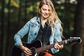Chloe Jones - Guitar Singer Manchester, North West England