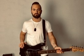 Luciano Manfrinato - Electric Guitarist Hammersmith, London