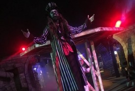 Christopher Smith - Stilt Walker