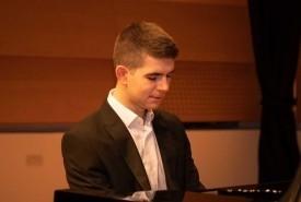 George Hoffman - Pianist / Keyboardist Leeds, Yorkshire and the Humber