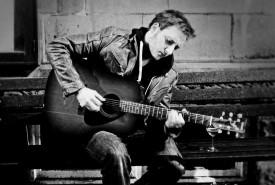 Mike Lees - Guitar Singer Derbyshire, East Midlands