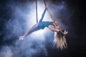 Monica Lynn - Aerialist / Acrobat Los Angeles, California