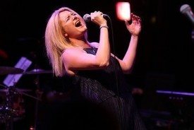 Laura Mansell - Female Singer Rhondda, Wales