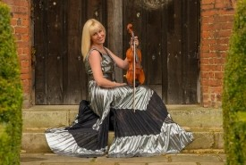 Hayley Pomfrett - Leading UK Violinist - Violinist Hatfield, East of England