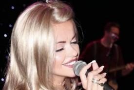 Hannah Bradbeer - Female Singer Hastings, South East