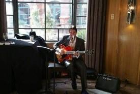 Chris DeVore  - Multi-Instrumentalist Austin, Texas