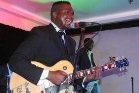 Shey - Guitar Singer western cape, Western Cape